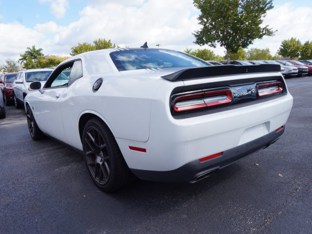 New 2016 Dodge Challenger R T Pack